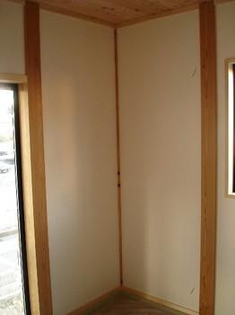 2F和室壁.jpg